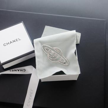 Chanel brooches #99874423
