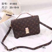 Louis Vuitton AAA+ Handbags #920828