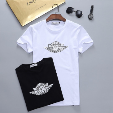 Dior T-shirts for men #99902492