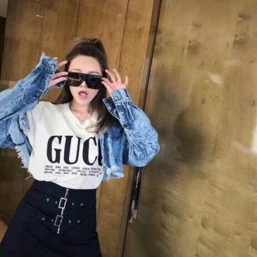 Gucci T-shirts for women #998999