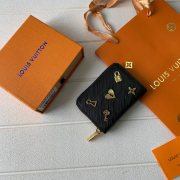 Louis vuitton  AAA wallet High quality leather  #9122924