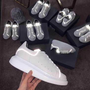 Alexander McQueen Luminous shoes Unisex McQueen White Sneakers top leather #99899363