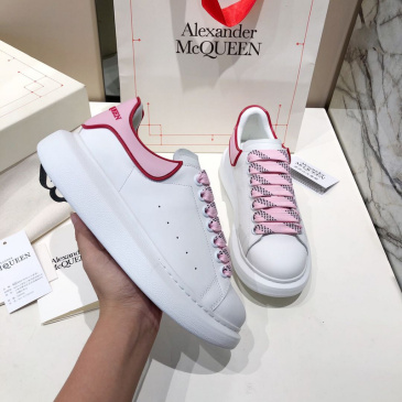 Alexander McQueen Shoes for Unisex McQueen Sneakers #99117288
