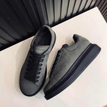 Alexander McQueen Shoes for Unisex McQueen Sneakers #99902568