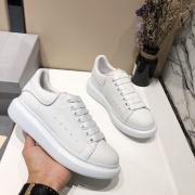 Alexander McQueen Shoes for Unisex McQueen White Sneakers #952778