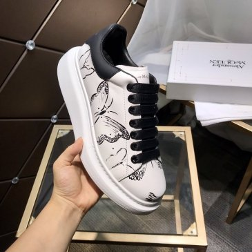 Hot Alexander McQueen Shoes for Unisex McQueen Sneakers #9874833