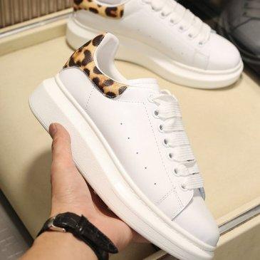 Luxury Alexander McQueen Shoes for Unisex McQueen Sneakers #9874878