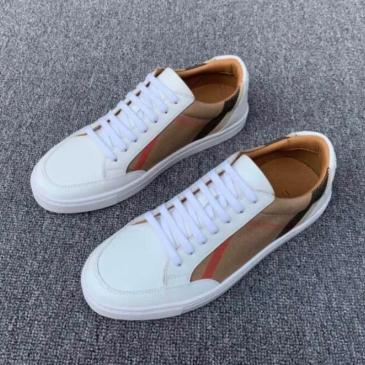 Burberry Shoes for MEN And woman Sneakers #99905303