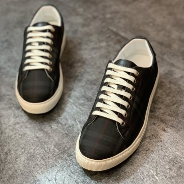 Burberry Shoes for Men's Sneakers #99905830