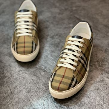 Burberry Shoes for Men's Sneakers #99905831