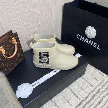 Chanel shoes for Women Chanel Boots #99905895