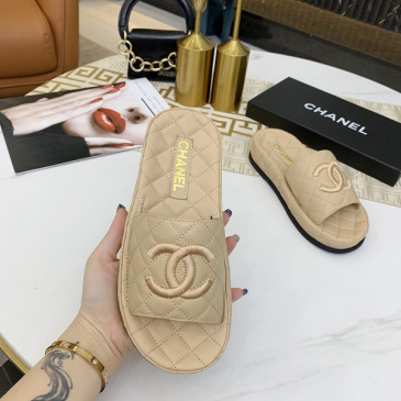 Chanel shoes for Women's Chanel slippers #99902426