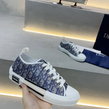 Dior KAWS Sneakers for Men Women casual shoes high quality #9875234