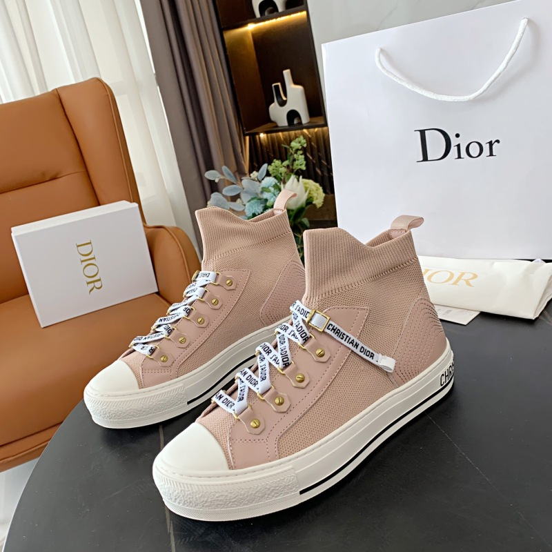 Dior Shoes for Women's Sneakers #999901177