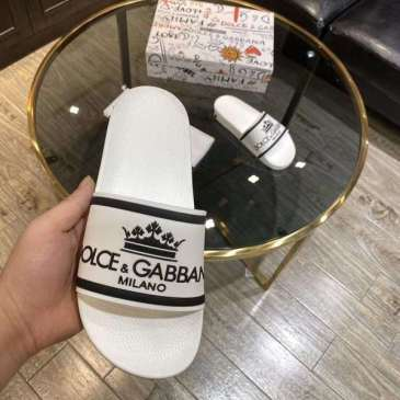 Dolce & Gabbana New DG 2020 new casual slippers for Men and Women #9874635