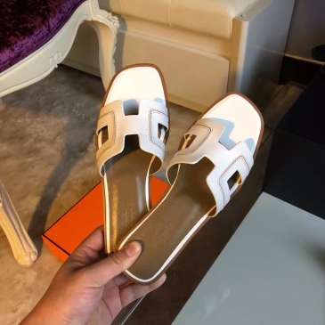 Hermes Shoes for Women's Leather slippers sizes 35-42 #99903658
