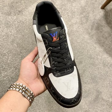 Dior Shoes for Men's  Sneakers #99905960