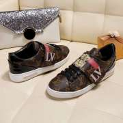 Louis Vuitton women latest casual shoes leather fabric LV original sheepskin #995473
