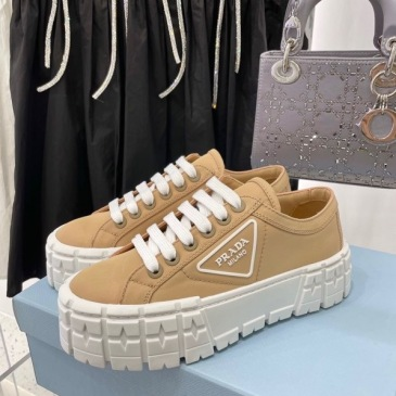 Prada Shoes for Women's Prada Sneakers #99904618