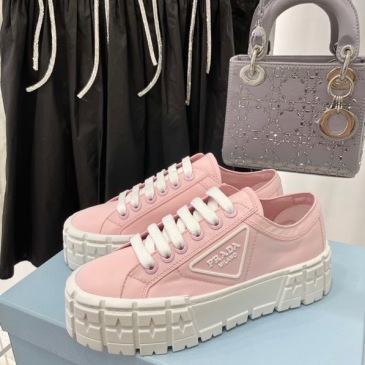 Prada Shoes for Women's Prada Sneakers #99904619