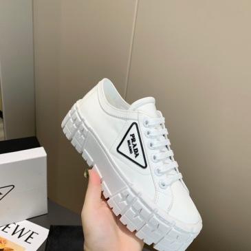 Prada Shoes for Women's Prada Sneakers #99904621