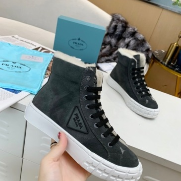 Prada Shoes for Women's Prada Sneakers #999914210