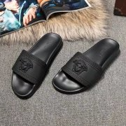 Versace Men or women Slippers #994957